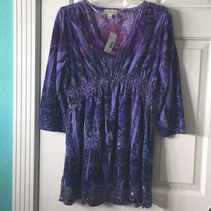 """""""Live and Let Live"""" 3/4 sleeve Tunic Top, Size L"""